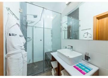 Отель «Beton Brut» Бетон Брют 3-местный triple LV