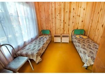 Курортный отель «Дельфин» 2-местный номер без удобств