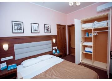 Отель «Democratia» / «Демократия» 2-местный стандарт без балкона