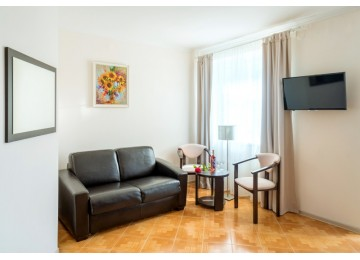 Отель «Дюны Золотые» 3-местный 2-комнатный семейные апартаменты