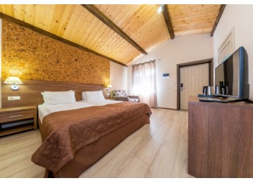 Делюкс 2-местный 1-комнатный |  Гостевой  комплекс  «Хуторок», Анапа