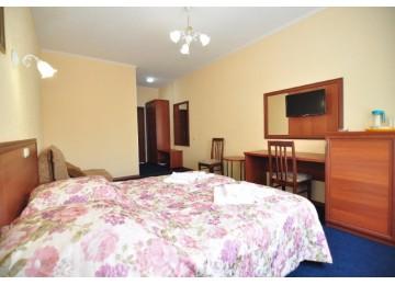 Парк-отель «Лазурный берег» Коннект 4-местный 2-комнатный