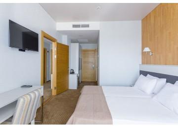 Отель «Санмаринн» / «Sunmarinn Resort Hotel All inclusive»,  Стандарт 4-местный 2-комнатный Семейный
