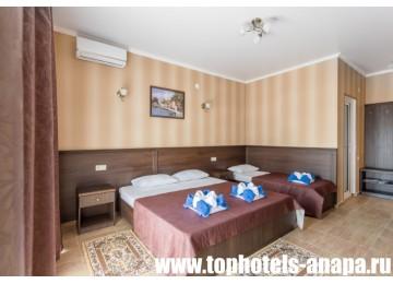 Отель «Slavyanka Hotel» / «Славянка» ДеЛюкс 3-местный
