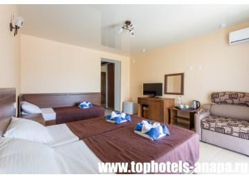 Отель «Slavyanka Hotel» / «Славянка» Стандарт 3-местный