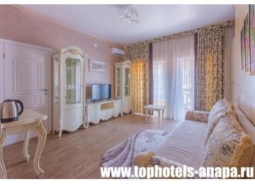 Отель «Slavyanka Hotel» / «Славянка» Люкс 2-местный 2-комнатный