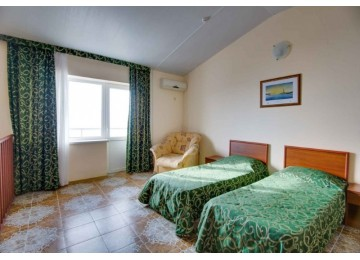 Пансионат «Фея-2» Апартаменты 4-местные 3-комнатные